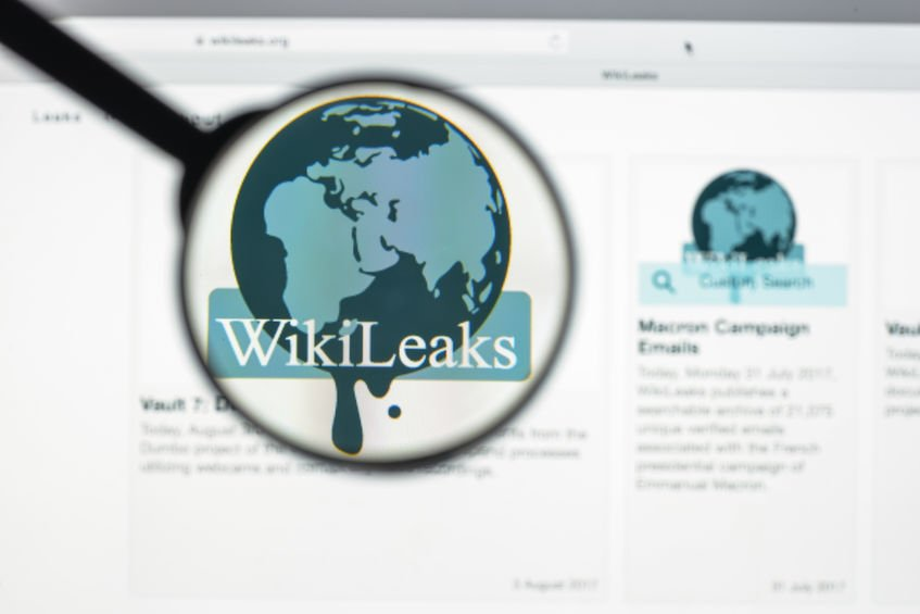 Wikileaks Julian Assange indicted for conspiracy to hack military computers by the US Justice Department with conspiracy to